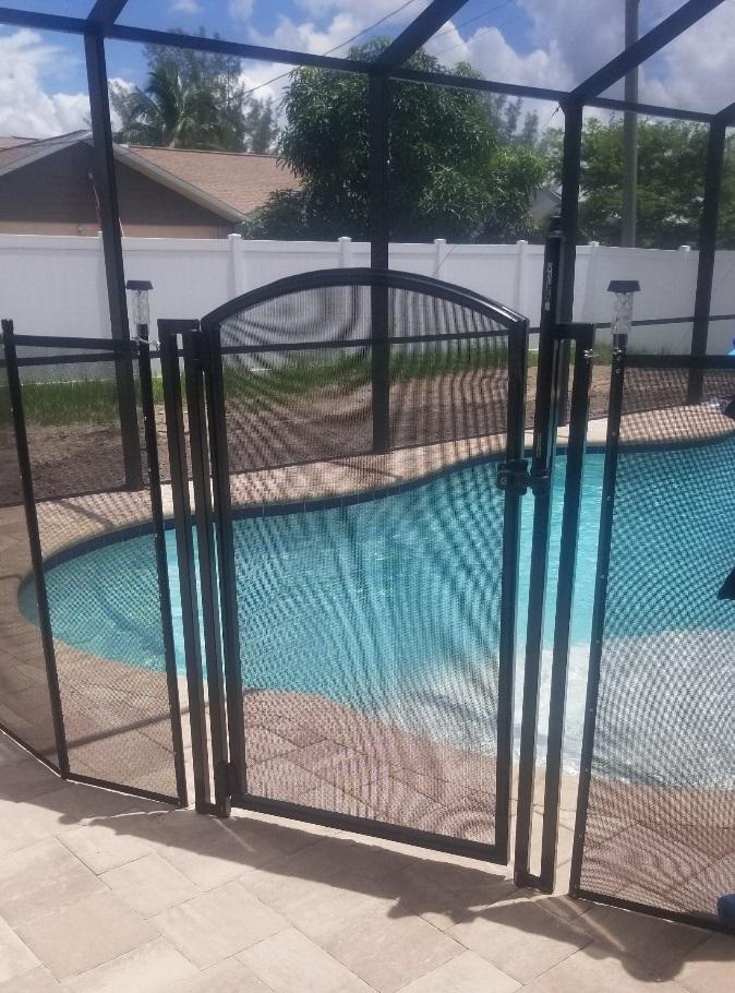 self-closing, self-latching pool gate
